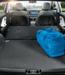 Автокилим в багажник велюр/гума Niro