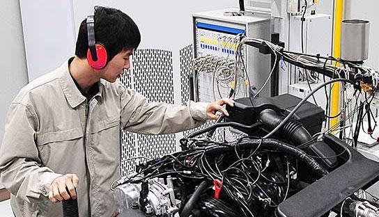 Моделювання звуку двигуна